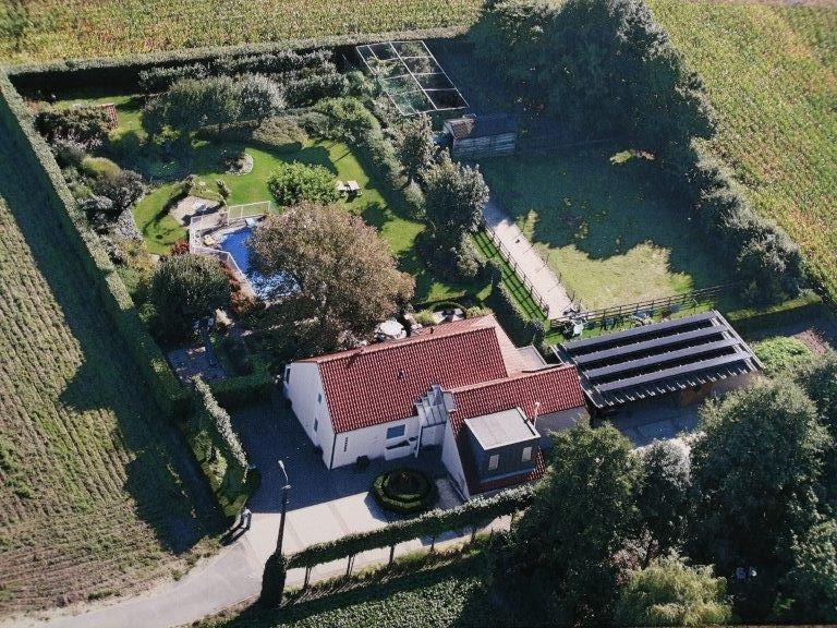 Luchtfoto vakantiehuis Tende
